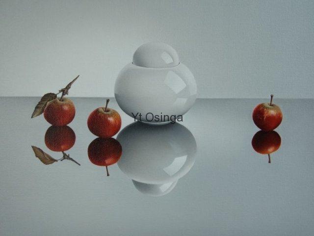 Witte-pot-met-malusappeltjes